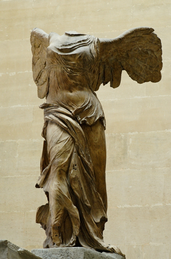 Nike_of_Samothrake_Louvre_Ma2369
